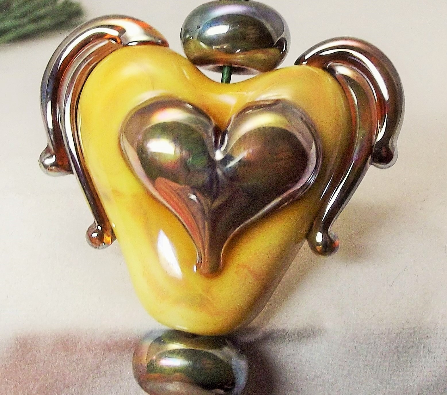Heart Gold Winged (1)